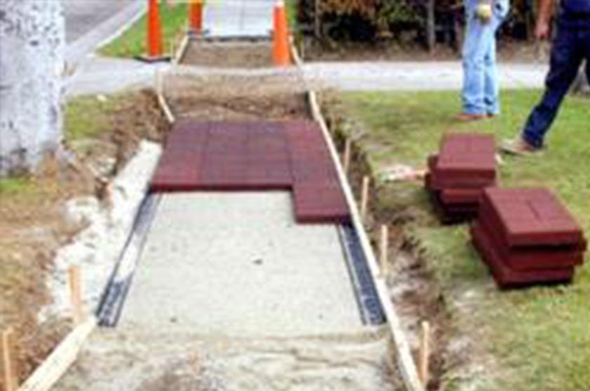 Как укладывать тротуарную плитку?